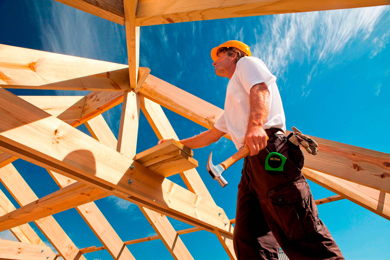Плотник: какие виды работ входят в его компетенцию